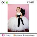 branco vestido de aniversário para a menina com forro e faixa preta vestido tutu