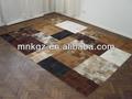 alfombra de retazos de cuero