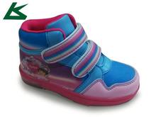 venta al por mayor nuevo estilo de los niños y los zapatos de lona