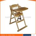 el bebé de madera silla alta