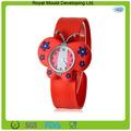 2014 de color rojo reloj de la palmada del silicón