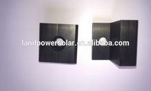 negro a mediados de la abrazadera para la energía solar de montaje de sistemas de energía solar y de hardware