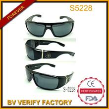 Ce uv400 logotipo personalizado hecho deporte gafas de sol con el templo de ancho, s5228