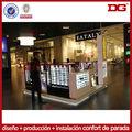 gafas de sol de madera de centros comerciales muestran kiosco