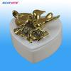 caja de la baratija de cerámica en forma de corazón con la decoración de aves