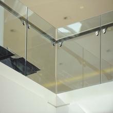 usine de balustrade en verre sans cadre