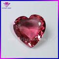 La forma del corazón de rosa piedras preciosas zirconia cúbicos