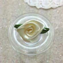 hacer que la cinta de raso de novia de flores favorece a las flores arreglos florales hechos a mano