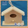 pequena de madeira casa do pássaro