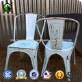 Vintage antiguos apilables de color metal ocio café Tolix sillas de comedor oxidadas