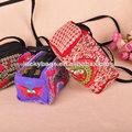 lindo bordado hmong tres capas bolsa de mensajero para las mujeres