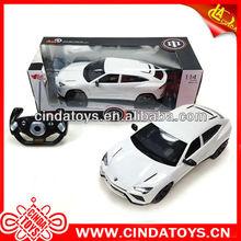 Escala 1:14 4 canal de modelo de simulación del coche del rc con la luz juguetes