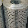 Una variedad de diferentes usos de agujeros perforados