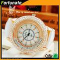 venta al por mayor de alta calidad de la mujer reloj de pulsera de diamantes de imitación reloj romanson