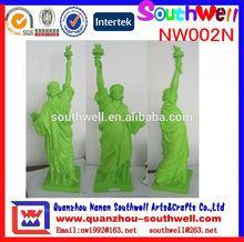 la costumbre de resina estatua de la libertad