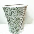Impression de fleur vert des pots de fleurs en céramique