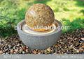 jardín natural balanceo de la bola fuente de piedra