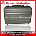 caja de aluminio encargado de negocios