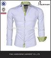 slim fit hombres vestido de camisa blanca