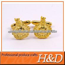 El oro plateó la mancuerna de acero inoxidable