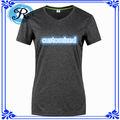Custom barato de la Mujer 100% poliéster catiónico Espacio Tinte Permanente absorbe la humedad T Shirt Ropa del fabricante