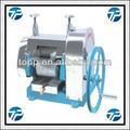 El jengibre, sugarcen extractor de jugo de la máquina