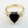 el último 2014 en forma de corazón de diamante anillo chapado en oro