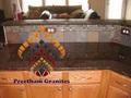 coffee brown lajes de granito em polido afiado inflamado acabados de couro antigo acabado em gangsaw cortador de telha e