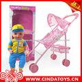 Menino e menina brinquedos, carro brinquedos de menina boneca com som