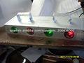 cuatro jefes de luz láser de color rojo y verde
