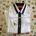 botón de la camisa
