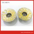 plus récent 2014 jaune vif designer jean bouton en métal logo en relief