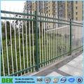 Recubierto de pvc puerta de hierro diseño( sgs fábrica)