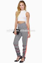 bolsillos delanteros cadena de pantalones de las mujeres con cierre de cremallera frontal