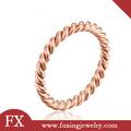 china fabricante açoinoxidável rosa de ouro anel de casamento barato
