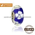 Cuentas de cristal florales para la joyería de la manera y pulseras de perlas de vidrio para la decoración de Navidad