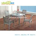 el restaurante chino de mesas y sillas