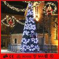 2014 Nuevo diseño del gran árbol de Navidad con adornos LED