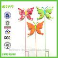 papel manchado de jardín de primavera de la mariposa decoración