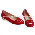 China por mayor zapatos lindos y encantadores del verano de 2014 para el diseño del cliente niña