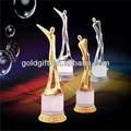 de calidad superior de metal barato nuevo trofeo de plástico de diseño de cristal