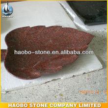 precio barato de granito rojo forma de la hoja de la placa para la venta