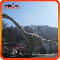 Los dinosaurios turiasauriano de tamaño y color natural