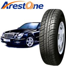 neumático de coche