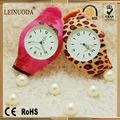 hermosa placa de dial más relojes de pulsera para las niñas para venta al por mayor