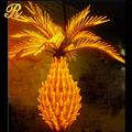 Venta al por mayor 2013 un grupo de fibra de vidrio árbol de Navidad con la luz llevada
