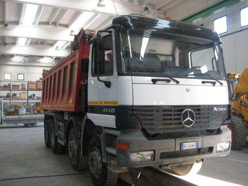 Mercedes 41 48 Dump Truck