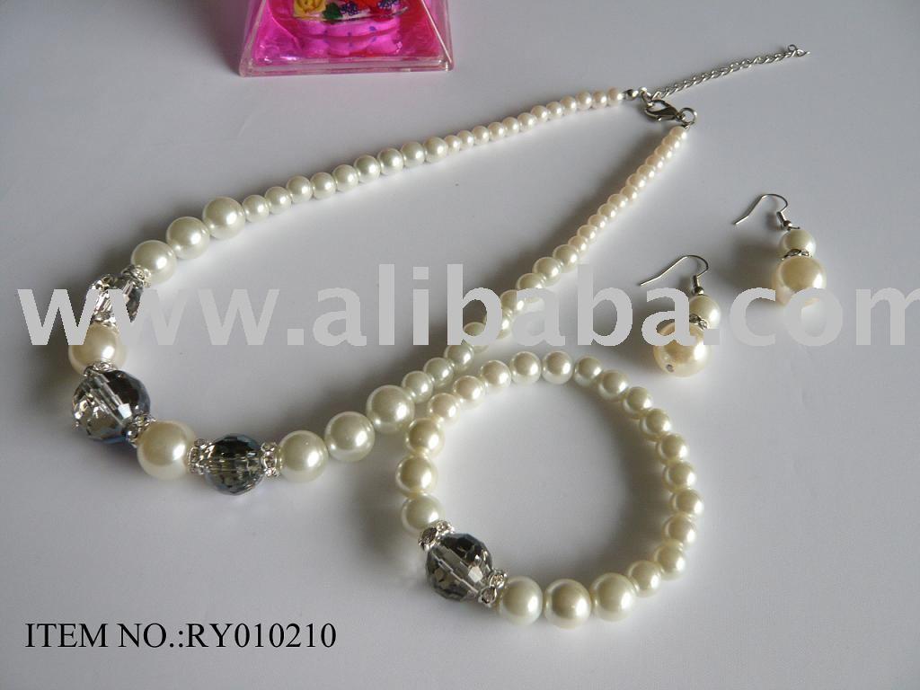 Handmade Necklace on Jewelry Handmade Necklace Buying Jewelry Handmade