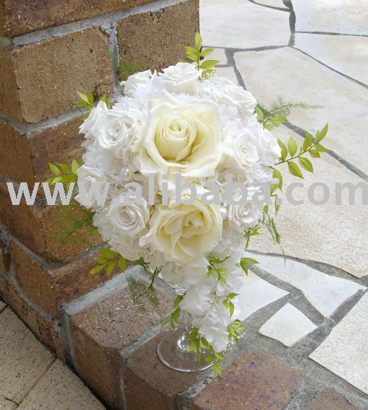 wedding bouquet cascade