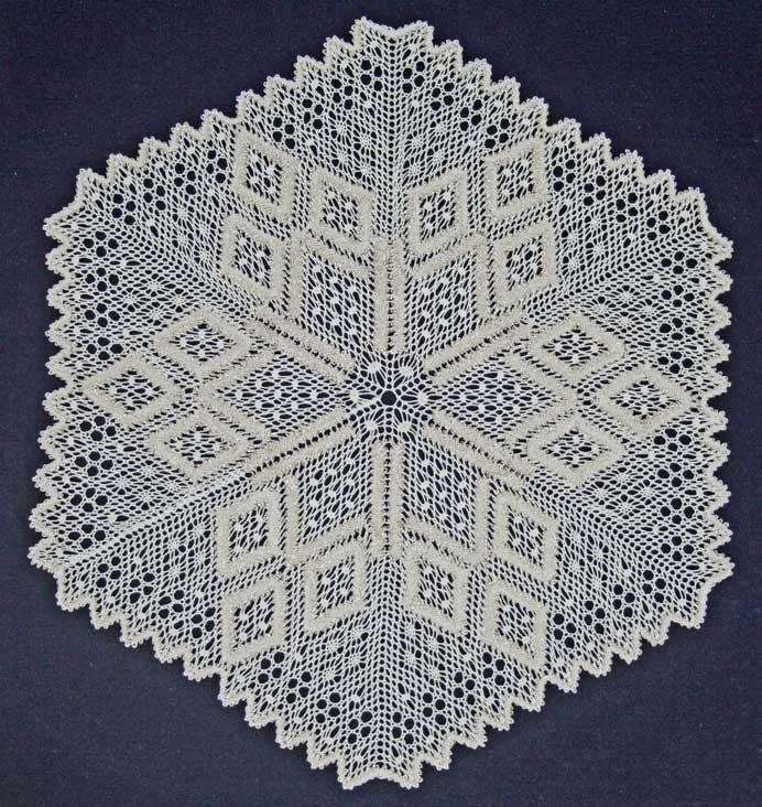 Amazon.com: 50 New Bobbin Lace Patterns (9780713488166): Claire